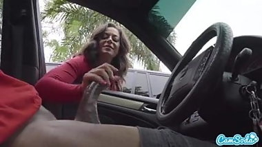 BBC HANDJOB IN CAR BY MATURE WHITE