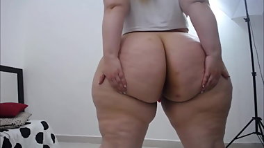 Worship This Pear SSBBW Fat Ass
