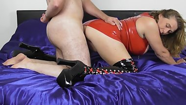 Latex Mistress Fucks to get Creampied